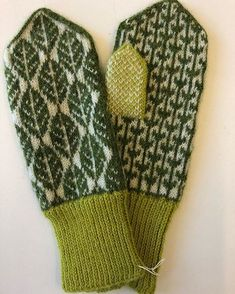 Knitted Mittens Pattern, Fair Isle Knitting Patterns, Knit Mittens, Knitted Gloves, Knitting Socks, Free Knitting, Crochet Needles, Crochet Yarn, Textiles