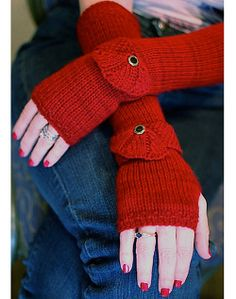 Getting Purly With It Elegant Lola Fingerless Glove Pattern at Dream Weaver Yarns LLC