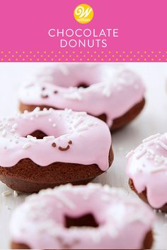 These Big Batch Chocolate Doughnuts are sure to bring a smile to your face. Made with Dark Cocoa Candy Melts candy, these chocolate doughnuts are topped with a pink confectioners' sugar glaze and white sprinkles, making them great for Valentine's Day brea Desserts To Make, Dessert Recipes, Baking Recipes, Breakfast Recipes, Valentines Day Desserts, Christmas Desserts, Valentine Ideas, Candy Cakes, Cupcake Cakes