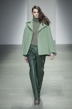 Lucas Nascimento Fall 2014 RTW - Review - Fashion Week - Runway, Fashion Shows and Collections - Vogue