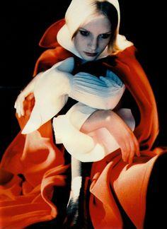 Kirsten Owen | Javier Vallhonrat #photography | Vogue Italia October '88 | via tumblr