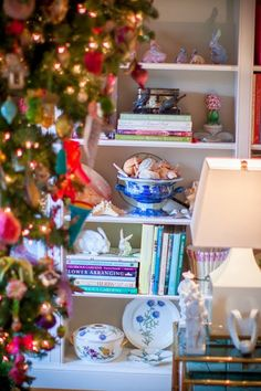 Chinoiserie Chic: Christmas Vignettes From My House