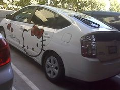 http://www.kittyhell.com/wp-content/uploads/2011/10/Hello-Kitty-prius-400x300.jpg
