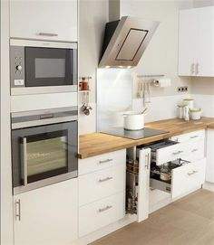 27 perfect and awesome modern kitchen remodel ideas on budget 11 - Homeadzki Website Diy Kitchen Decor, Kitchen Furniture, Interior Design Living Room, New Kitchen, Kitchen Dining, Kitchen White, Küchen Design, Design Ideas, Cuisines Design