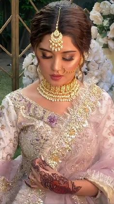 Beautiful Girl Indian, Beautiful Indian Actress, Beautiful Bride, Pakistani Dresses Casual, Pakistani Bridal Wear, Bridal Lehenga, Bridal Nose Ring, Desi Wedding Dresses, Wedding Jewelry For Bride