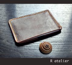 $19   Minimalist Business / Credit Card Slim Leather Wallet #minimalistwallet #slimwallet #leatherwallet