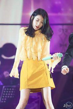"IU 181110 Debut Anniversary Tour Concert ""dlwlrma"" in Gwangju Iu Fashion, Star Fashion, Kpop Girl Groups, Kpop Girls, K Pop Music, Songs To Sing, Stage Outfits, Korean Singer, Actors & Actresses"
