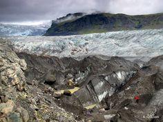 Ready to #hike - #Svinafellsjokull Glacier, Iceland.
