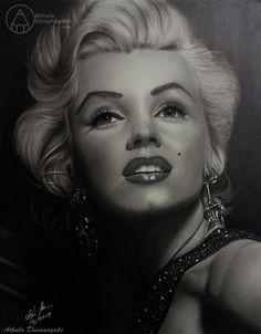 graphite nd carbon pencils drawing inches Pencil Portrait Drawing, Portrait Sketches, Pencil Drawings, Drawing Portraits, Marilyn Monroe Drawing, Portraits From Photos, Charcoal Drawing, Light Art, Pop Art