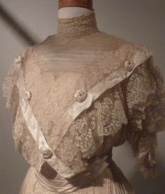 Victorian Clothes - Nainamo, BC museum by Ali Bear, via Flickr- I don't really like this, but felt obligated to include it , as it is vintage.
