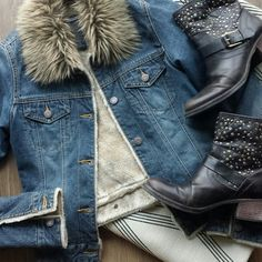 *ABERCROMBIE & FITCH: Denim Jacket LIKE NEW!! Medium wash denim with faux fur cuff and soft tan plush trim. Bronze metal buttons and 2 front pockets.  19 inches from top of shoulder to bottom. Abercrombie & Fitch Jackets & Coats Jean Jackets