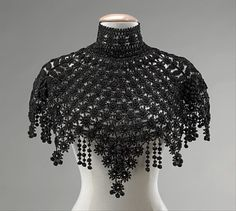 What Alannys Harlaw (Asha's mother) would wear, Iron cast jewellery for those who pay the Iron price