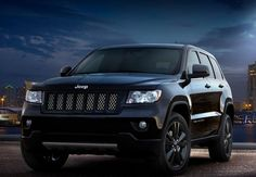 2012 Jeep Grand Cherokee Concept – Cars Luxurious – The production-intent concept rides on 20-inch tires that surround one-of-a-kind Black-gloss aluminum wheels for Jeep.