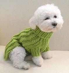 Kabel Hund Pullover - Chihuahua Kleidung - Haustier Kleidung - kleiner Hund von BubaDog Strickpullover für einen kleinen Hund, hergestellt aus 50 % Wolle + 50 % Acryl. Diese Kleidung ist ideal für alle Jahreszeiten für Ihr Haustier. Dieser Hundebekleidung ist sehr weich und bequem, einfach