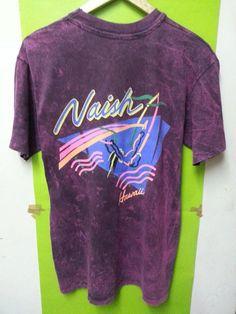 Vintage 80 ' s Naish Hawaii Surf Hanes Tshirt par SuzzaneVintage, $25.99