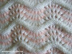 MIS LABORES: PUNTO CALADO DE ONDAS Crochet Baby Cardigan, Baby Cardigan Knitting Pattern, Lace Knitting Patterns, Knitting Stiches, Free Knitting, Crochet Stitches, Baby Knitting, Stitch Patterns, Crochet Videos