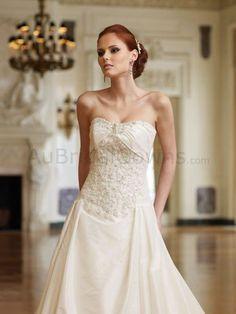 Taffeta Modified Sweetheart Decadent corded Lace Adorns Bodice A-line Wedding Dress