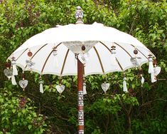 Köp bali parasoll i vitt med hänge online