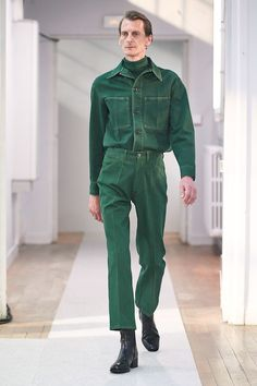 Lemaire Herbst 2019 Ready-to-Wear-Kollektion - Vogue Source by amie_vintage 70s Fashion Men, Look Fashion, Trendy Fashion, Autumn Fashion, Fashion Styles, Street Fashion, Trendy Clothing, Rare Clothing, Fashion Shirts