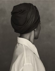 Zadie Smith wears a white cotton shirt by CÉLINE on The Gentlewoman