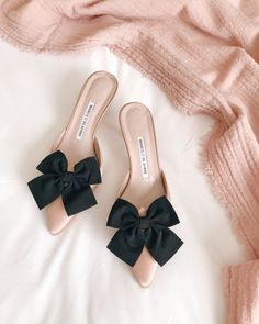 GMG Now Shoes with Bows - Manolo Blahnik