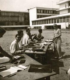 Teaching - Masters, junior masters and the legendary preliminary course : Teaching : Stiftung Bauhaus Dessau / Bauhaus Dessau Foundation