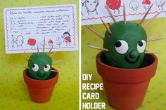 cactus craft, use playdough or cucumber in dish with bredcrumbs to look like desert sand clay, craft, desert, card holder