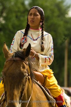 Crow Indians Women | woman rides in Native Days Parade at Crow Agency Montana, Crow Indian ...