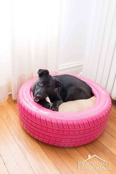 DIY Ideas With Old Tires - DIY Dog Bed From A Recycled Tire - Rustic Farmhouse Decor Tutorials and Projects Made With An Old Tire - Easy Vintage Shelving Wall Art Swing Ottoman Seating Furniture Gardeing Ideas and Home Decor for Kitchen Living Room Diy Dog Bed, Diy Bed, Diy Craft Projects, Diy Crafts, Pallet Projects, Garden Projects, Diy Home Decor Rustic, Farmhouse Decor, Modern Farmhouse