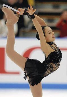 Mao Asada figure skating by etsellawrence, via Flickr