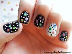 The Cateyes Have It: Christy's Crazy Dot Nails