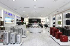 RIMOWA STORE CHENGDU | Shop 2216, Chengdu Sino-Ocean Taikooli | No. 08 Middle shamao Street, Jinjiang District | 610021 Chengdu | Tel.: +86 (0) 2886754797 | Opening hours: Daily 10:00am - 10:00pm