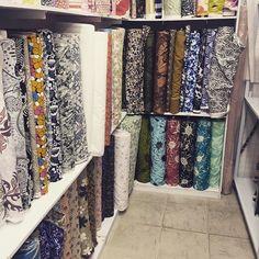 Textile shopping for the next project. Where will this lead us? #catsofinstagram #cats_of_instagram #purrfectpetgifts #cathats #hatsforcats #madhatter #etsyshop #etsyorder #etsyseller #etsyworld #etsyusa #etsyfinds #etsymadelocal #etsypromo #etsyprepromo #etsysellersofinstagram #etsygifts #etsystyle #etsyhunter #sgcrafters  #handmadesg #handmade