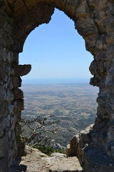 Hilarian Castle in turkish-occupied area in Cyprus The Places Youll Go, Places To See, Akrotiri And Dhekelia, Travel Around The World, Around The Worlds, Porches, North Cyprus, Europe Continent, Adventure Holiday