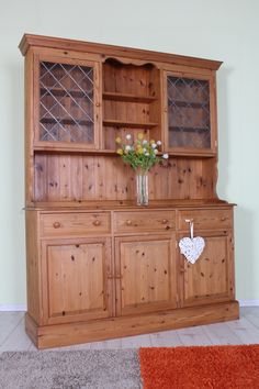 SOLID PINE 5 FT DRESSER STUNNING QUALITY IN LOVELY CONDITION - L 5 FT - D 43 - H 201 CM  FREE LOCAL DELIVER - UK WIDE DELIVERY AVAILABLE ON ALL PRODUCTS