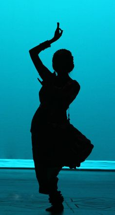The dance - India Indian Photography, Nature Photography, Dance Silhouette, Trip The Light Fantastic, Ballet Dance Photography, Dancing Drawings, Indian Aesthetic, Indian Classical Dance, Dance Paintings