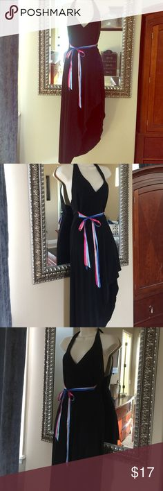 ✨Fredericks of Hollywood NWOT, size small party🎉 ⚜️Amazing dress, never worn from Fredericks of Hollywood! Make a statement with this stunning black dress with detachable bright satin ribbon belt. Asymmetrical side slit and backless. I bought this to wear on my birthday but it didn't fit 🎉my loss, your gain ⚜️ Frederick's of Hollywood Dresses Asymmetrical