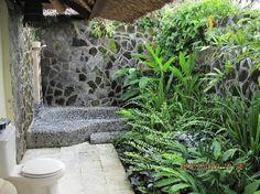 Outdoor bath, Bali