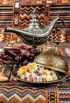Food L, Food Porn, Arabic Tea, Arabic Sweets, Cookies Policy, Coffee Break, Fine Dining, Just Desserts, Tea Time