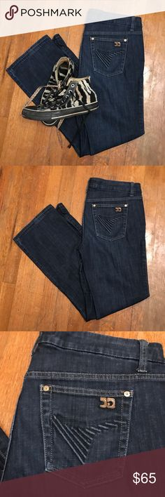 Boot Cut Joe's Jeans Muse Denim Size 29 This is a pair of the Muse style Joe's Jean denim. Bootcut hem is in great condition as is the rest of the fabric. Size 29. Joe's Jeans Jeans Boot Cut