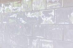 white tiles, materials, cafe design
