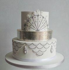 10 Fabulous Art Deco Inspired Wedding Cakes