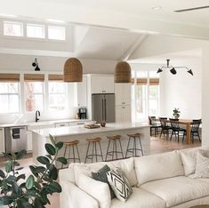 Home Living Room, Living Room Designs, Open Kitchen And Living Room, Modern White Living Room, Living Room Open Concept, Simple Living Room Decor, Living Room Windows, Open Concept Kitchen, Open Living Rooms