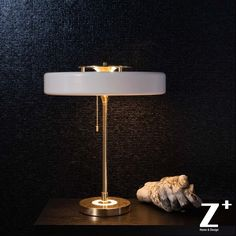 331.49$  Watch here - http://aliwwg.worldwells.pw/go.php?t=32712707378 - Replica Item Revolve Table Lamp  Bert Frank Classical Vintage Free Shiping 331.49$