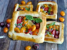 Puff Pastry Tomato & goat cheese Tarts via @noblepig