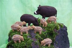 Wild boars by Septemberspring... I've made one so far and it's totally adorable!!
