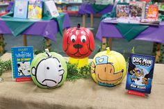 Plan a Pumpkin Painting Contest. Classes decorate pumpkins to look like their favorite book characters. Book Character Pumpkins, Book Character Day, Pumpkin Decorating Contest, Pumpkin Contest, Halloween Menu, Halloween Pumpkins, School 2013, School Ideas, Enchanted Forest Book
