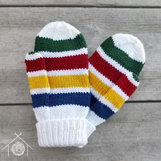 Simple worsted-weight mittens with a classic striped pattern. The ribbed cuff is long enough to fit under coat sleeves or be folded for extra thickness. Crochet Baby Mittens, Crochet Mittens Pattern, Knit Mittens, Knit Or Crochet, Knitted Gloves, Knitting Patterns Free, Sewing Patterns, Crochet Patterns, Crochet Hats
