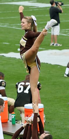 Cheerleading upskirt photos Real