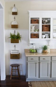 7 Trends Two Tone Kitchen Cabinets Ideas for 2018  Two tone kitchen cabinets ideas farmhouse, grey, painted, blue, wood, brown Gray Cabinets, Upper Cabinets, Kitchen Cabinets Grey And White, 3 Toned Kitchen Cabinets, Cottage Kitchen Cabinets, Knobs For Cabinets, Bathroom Cupboards, Two Toned Kitchen, Grey Kitchens